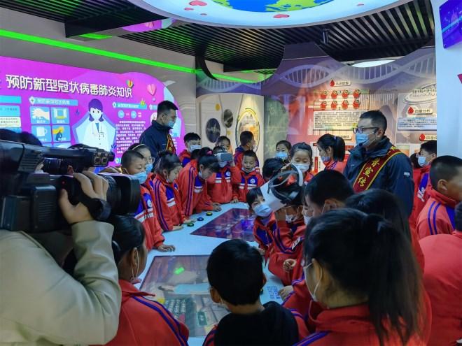 """辽宁庄河:""""气象与健康""""教育成为气象日宣传新亮点"""